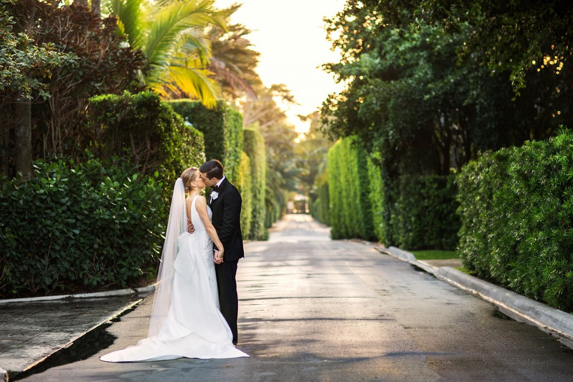Wedding at the Everglades Club, Palm Beach, FL - Photography by Christian Oth Studio